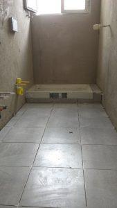 Sostituzione piatto doccia scarico e piccoli rubinetti sotto bidet Bologna