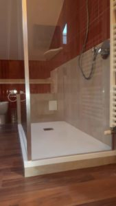 montare porte doccia nicchia prezzi Bologna